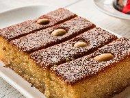Рецепта Грис халва с карамел, канела и орехи